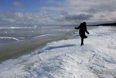 La mer baltique est couverte par la glace Photos libres de droits