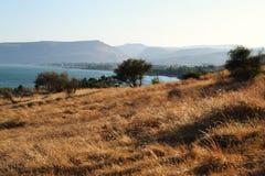 La mer de la Galilée et de l'église des béatitudes, Israël, sermon du bâti de Jésus images libres de droits