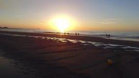 La Mer du Nord de coucher du soleil banque de vidéos