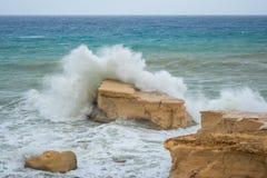 La mer Méditerranée rugueuse images libres de droits