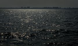 La Mer Noire calme sur l'horizon Odessa photos stock