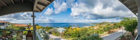 La mer regarde des vues du Curaçao photographie stock