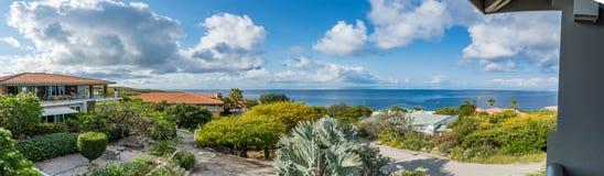 La mer regarde des vues du Curaçao image stock