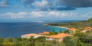 La mer regarde des vues du Curaçao images libres de droits
