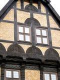 La metà ha rafforzato la casa con legname Fotografia Stock Libera da Diritti