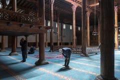 La mezquita de Esrefoglu es una de las formas de arte más importantes de woodw Imagen de archivo