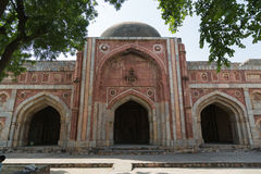 La mezquita de Jamali-Kamali, parque arqueológico de Mehrauli, Nueva Deli Imagen de archivo libre de regalías