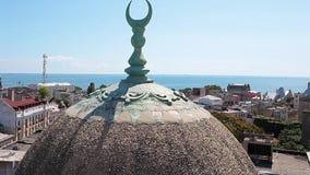 La mezquita magnífica en Constanta Rumania almacen de metraje de vídeo
