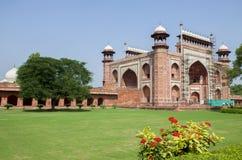 La mezquita Taj Mahal en Agra la India Imágenes de archivo libres de regalías