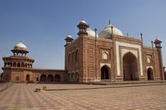 La mezquita Taj Mahal en Agra la India Imagenes de archivo