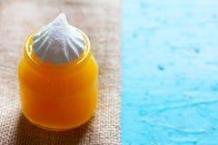 La miel y las melcochas Fotos de archivo libres de regalías