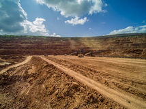 La mina marca con hoyos la visión aérea Imagen de archivo libre de regalías