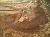 La mina marca con hoyos la visión aérea Foto de archivo