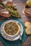 La minestra dell'acetosa, Braided ha asciugato le foglie dell'acetosa fotografie stock libere da diritti