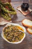 La minestra dell'acetosa, Braided ha asciugato le foglie dell'acetosa fotografie stock