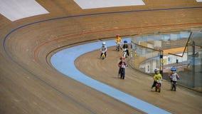 La Minsk-arène complexe de sports étaient des concours dans le sport de recyclage parmi des jeunesses clips vidéos