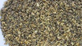 La miscela eccellente del seme del macinato di colden il seme di lino, il seme di canapa ed il seme di chia stock footage