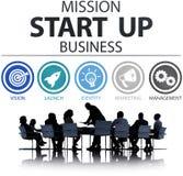 La misión comienza para arriba el lanzamiento Team Success Concept del negocio Foto de archivo libre de regalías