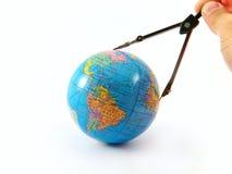 La misura di distanza del globo orienta traversa Fotografie Stock