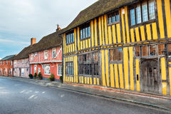 La mitad enmaderó casas medievales Fotos de archivo