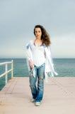 La moda hermosa de la muchacha del adolescente tiró en un par Fotos de archivo libres de regalías