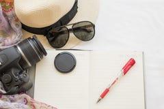 La mode de fond de la femme préparent le voyage Photos libres de droits