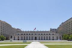La Moneda宫殿在圣地亚哥de智利 库存照片