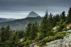 Paisajes de la montaña en el parque nacional Taganai Fotografía de archivo libre de regalías