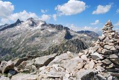 La montaña de Neouvielle en Pyrenees Fotografía de archivo libre de regalías