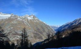 La montaña famosa en Suiza Fotos de archivo