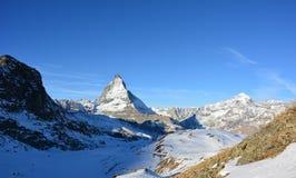 La montaña famosa en Suiza Imágenes de archivo libres de regalías
