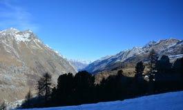 La montaña hermosa en Suiza Fotos de archivo