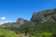 La montaña lisa oscila, parque nacional de Tres Picos, el Brasil Fotografía de archivo libre de regalías