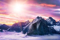 La montaña más alta de Everest del pico de montaña en el mundo P nacional Imagenes de archivo