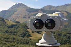 La montaña observa al cerreto Fotografía de archivo