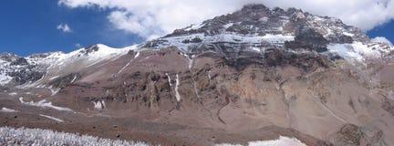 La montagna di Aconcagua di vista panoramica, ovest affronta, l'Argentina fotografie stock libere da diritti
