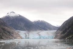 La montagna ed il ghiacciaio nell'Alaska Fotografia Stock Libera da Diritti