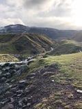 La montagna incontra il cielo fotografia stock libera da diritti
