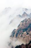 La montagna nebbiosa di Huangshan Fotografia Stock