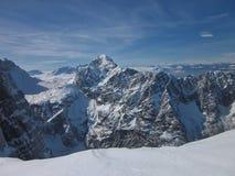 La montagna Triglav è il picco più alto in Slovenia immagine stock libera da diritti