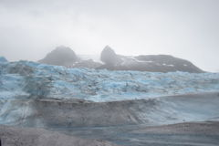 La montagna vicino al ghiacciaio Fotografie Stock