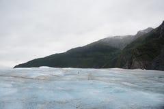 La montagna vicino al ghiacciaio Immagine Stock Libera da Diritti