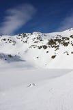la montagne a neigé images libres de droits