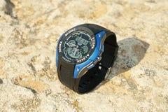La montre-bracelet des hommes. Images stock