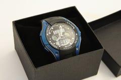 La montre-bracelet des hommes. Photos stock