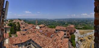 La Morra, Cuneo, Piemonte, Italië stock afbeeldingen