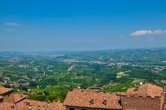 La Morra, Piamonte, Italia En julio de 2018 fotografía de archivo libre de regalías