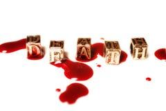 La mort de mot en métal dans les gouttes du sang Photo stock