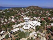 La moschea è sprofondato dopo il terremoto di Lombok in Gili Trawangan fotografia stock