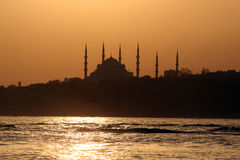La moschea blu, Costantinopoli, tramonto Immagine Stock